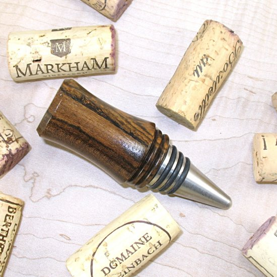 #WBS1015 - Wooden Wine Bottle Stopper - Click Image to Close
